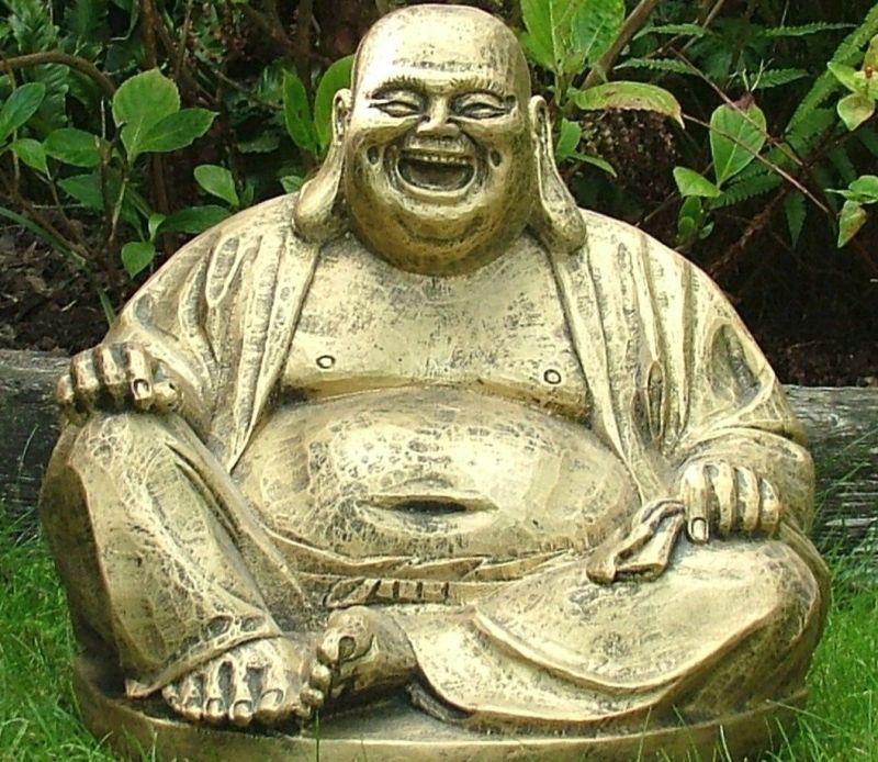 बहुत ही खास इंसान थे लाफिंग बुद्धा, ये है उनके सदैव हँसते रहने का राज