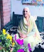 94-year-old woman did such a thing, industrialist Anand Mahindra praises her a lot