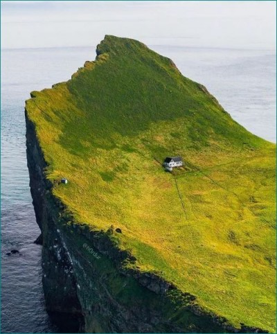 Story behind most secluded house in world, where no one has lived for past 100 years!