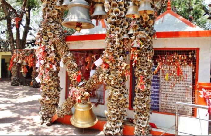 इस मंदिर में ऐसे होता है न्याय, यहां बंधी घंटियां हैं इसका प्रणाम