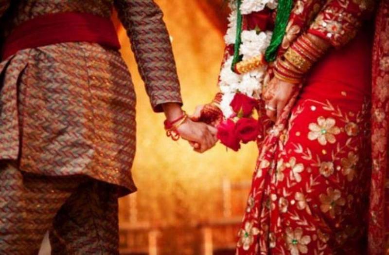 63 की उम्र में शख्स ने की 6 शादियां, 6वीं पत्नी ने साथ सोने से किया मना, तो पति ने किया ये...