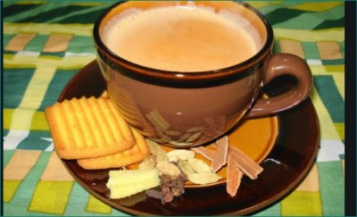 'Chai Wali Chachi' Who's Been Living On Tea For Over 30 Years