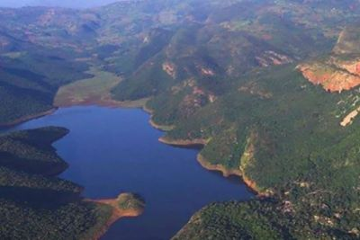 If you drank the water of this lake, you would die!