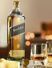 Johnnie Walker to be sold in paper bottles from next year