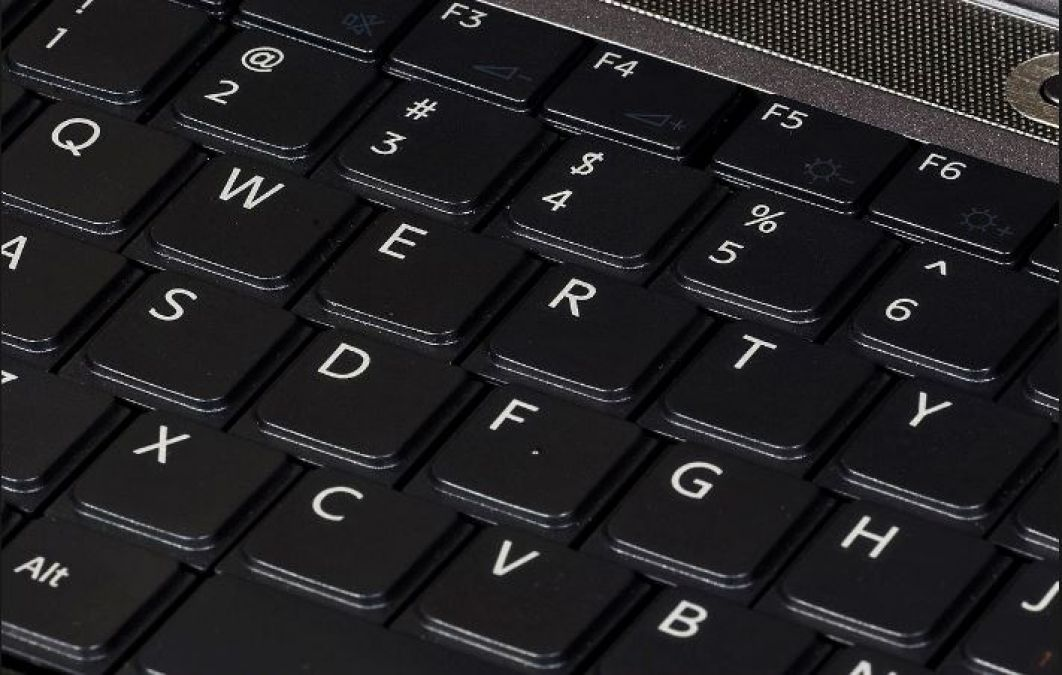 Ever Wondered  Why The 'QWERTY' Keyboard Not Arranged Alphabetically?