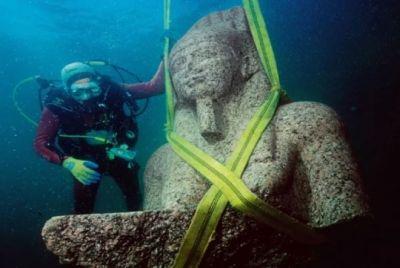 समंदर में निकला 1200 साल पुराना मंदिर, इन चीजों ने भी चौंकाया