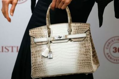 These slight-looking handbags sold in millions, know what special have in it