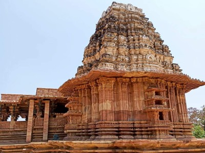 This huge temple of Telangana remained same for last 800 years
