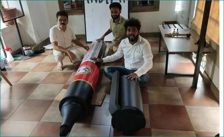 केरल के इस शख्स ने बनाया दुनिया का सबसे बड़ा मार्कर पेन