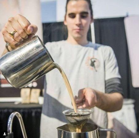 चाय का खुमार, खोला विदेश में चाय बाजार