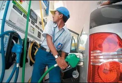 पेट्रोल पंप मिलने वाले इन अधिकारों के बारे में जानते है आप