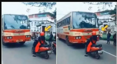 This woman parked her two-wheeler in the mid of the road and then...