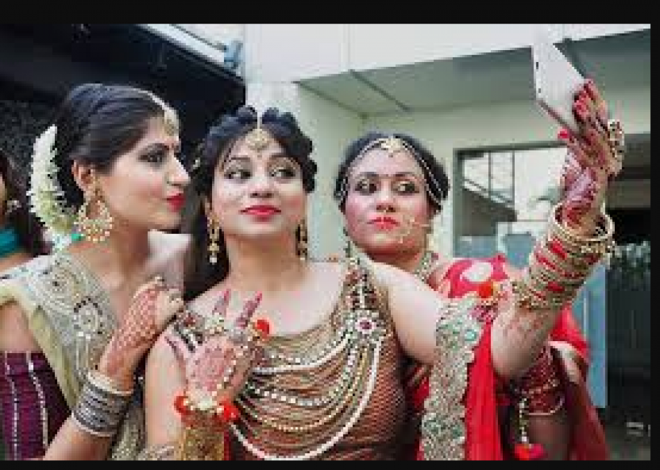 Government giving offers on Karvachauth, post selfies and take home ……