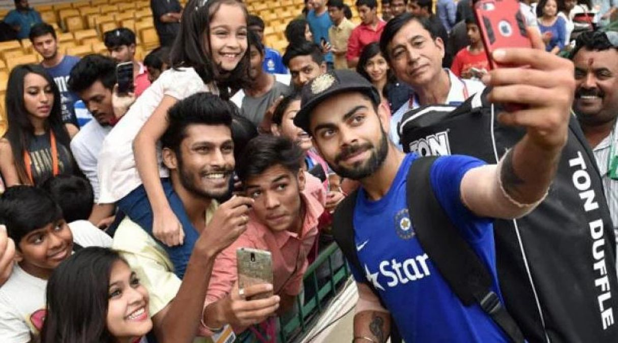 VIDEO: This child gave an autograph to Virat Kohli, Video going viral