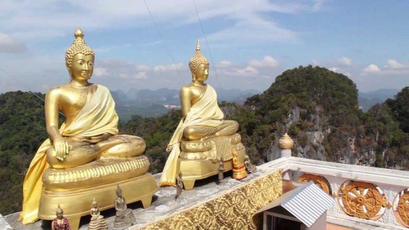 ये है अनोखा मंदिर जहां भगवान के साथ रहते हैं खूंखार जानवर