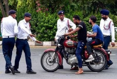 This person does not have a helmet, yet the police cannot cut the challan, this is the reason
