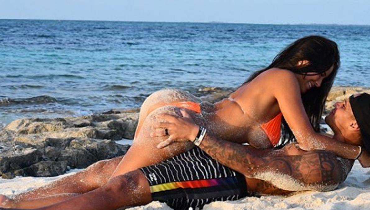 सबसे कातिल नजर आईं रसेल बुश, सेक्सी फिगर देख फैंस हुए खुश