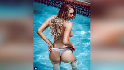 इस मॉडल ने स्विमिंग पूल में अपनी ब्रा उतारकर दिखाए प्राइवेट पार्ट्स