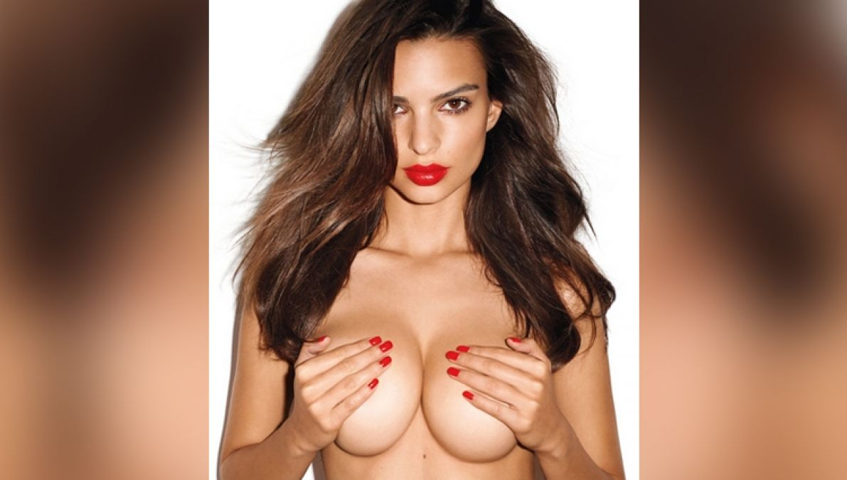 This model flaunts her sexy figure, check out the video here