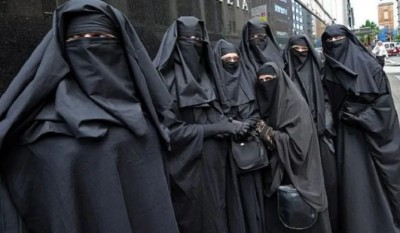 Sri Lanka bans Burqa niqab in public places, says threat to national security