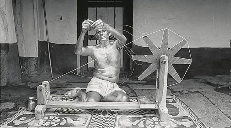 अतीत के दाग धोने की कोशिश में ब्रिटेन, महात्मा गाँधी को देगा अनोखा सम्मान