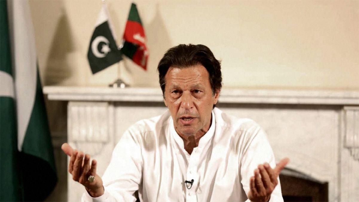 बॉर्डर पर इंडियन आर्मी की जवाबी कार्यवाही से भयभीत पाकिस्तान, इमरान खान ने लगाए झूठे आरोप