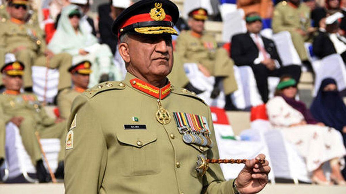 धारा 370 हटाए जाने से बौखलाया पाक, सेना प्रमुख ने बुलाई कमांडरों की बैठक