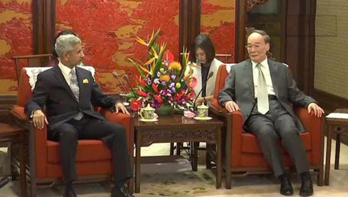 चीन के उपराष्ट्रपति वांग चिशान से मिले एस. जयशंकर, किया भारत-चीन मीडिया फोरम का उद्घाटन