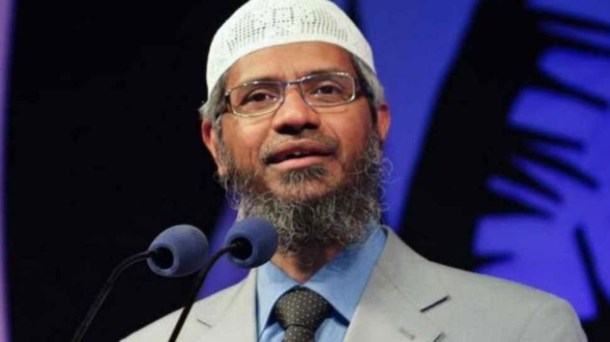 Malaysia gov't warns Fugitive Zakir Naik, says no one above country's law