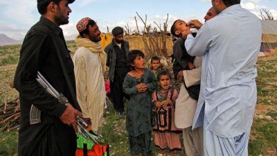 Pakistan: Gunmen fired bullets on polio team, two policemen died