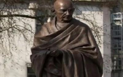 Statue of Mahatma Gandhi targeted in Davis Park, Mayor orders inquiry
