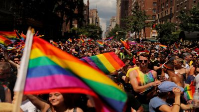 LGBT community shows solidarity in New York, mayor in city took part in parade