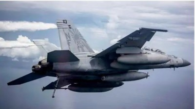 America counterattacked China, continuously doing military exercise in South China Sea.