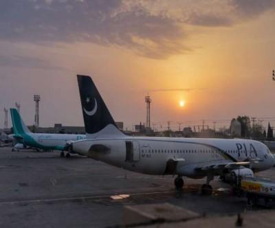 Pakistan again suspends 15 more pilots
