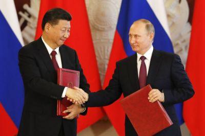 Chinese President Xi Jinping celebrates birthday with Putin, receives ice cream
