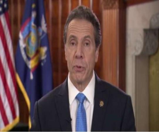न्यूयॉर्क के गवर्नर का बड़ा बयान, कहा- सोशल डिस्टेंसिंग' से धीमा पड़ रहा है कोरोना वायरस