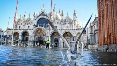 बाढ़ ने बदल दी नहरों के शहर की सूरत, इटली के प्रधानमंत्री ने बताया दिल तोड़नेवाला वक्त
