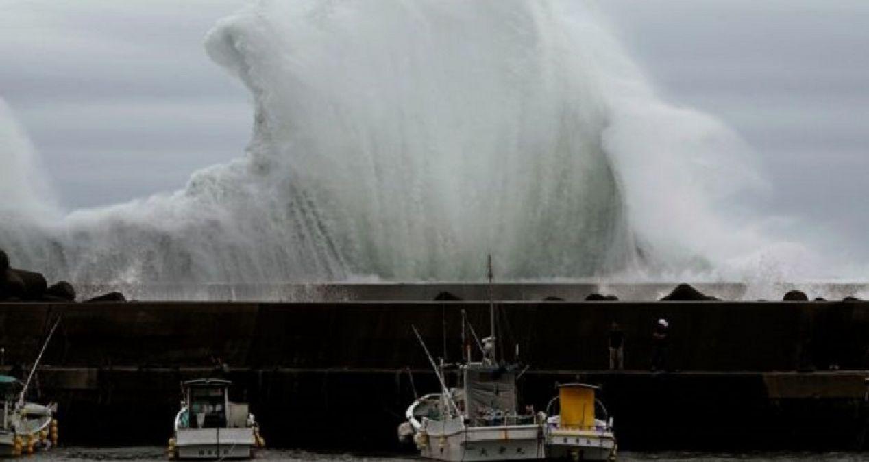 जापान में तबाही मचाने आ रहा है हेगिबिस तूफान, जा सकती है सैकड़ों लोगों की जान