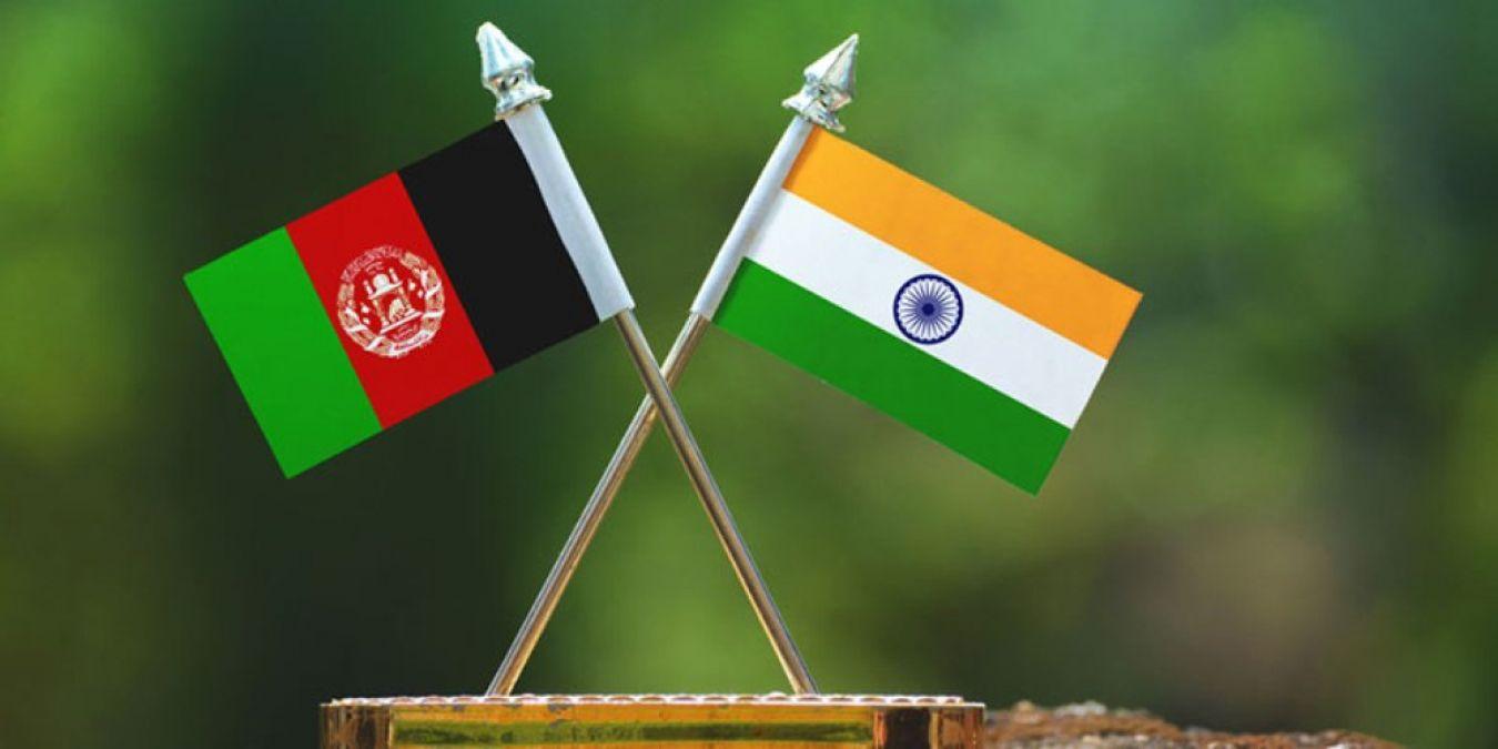 भारत ने अफगानिस्तान को सैन्य सहयोग के तहत सौंपे दो एमआइ-24वी हेलीकॉप्टर