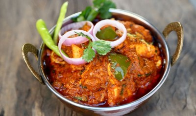 Recipe: Enjoy Mouth-Watering Kadhai Paneer at home