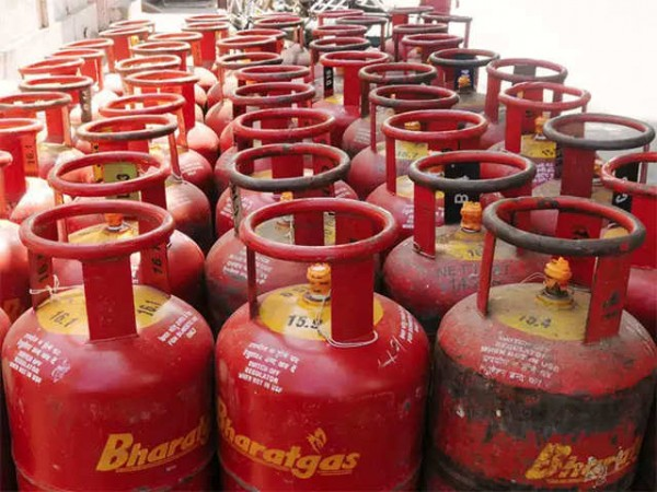 900 रुपये की बचत पर पाए LPG! IOC ने बताया बुकिंग का तरीका